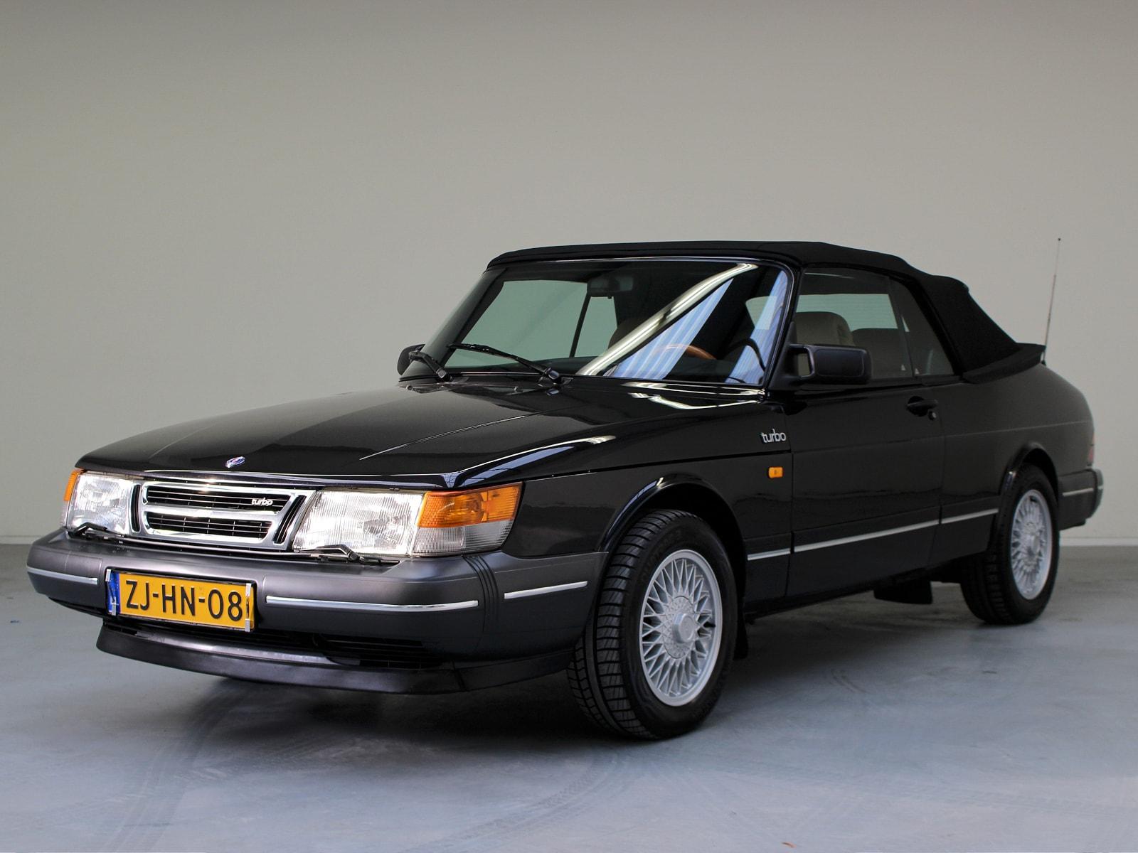 restauratie saab 900 classic cabriolet autobedrijf wassenaar leeuwarden. Black Bedroom Furniture Sets. Home Design Ideas